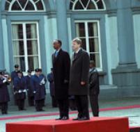 Si entre Kigali et Paris, tout regèle, entre Kigali et Bruxelles, ça réchauffe fort, au contraire. Ici, Kagame et Verhosftadt, à Bruxelles, mi-mars dernier. PHOTO ARCHIVES DU SOFT.