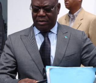 Prof. Kin-kiey, Membre du Bureau Politique de la MP.